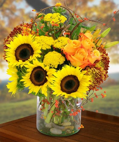 Give this stuffed bouquet of the best autumn flowers today!
