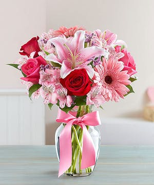 Roses, lilies and gerberas for every valentine